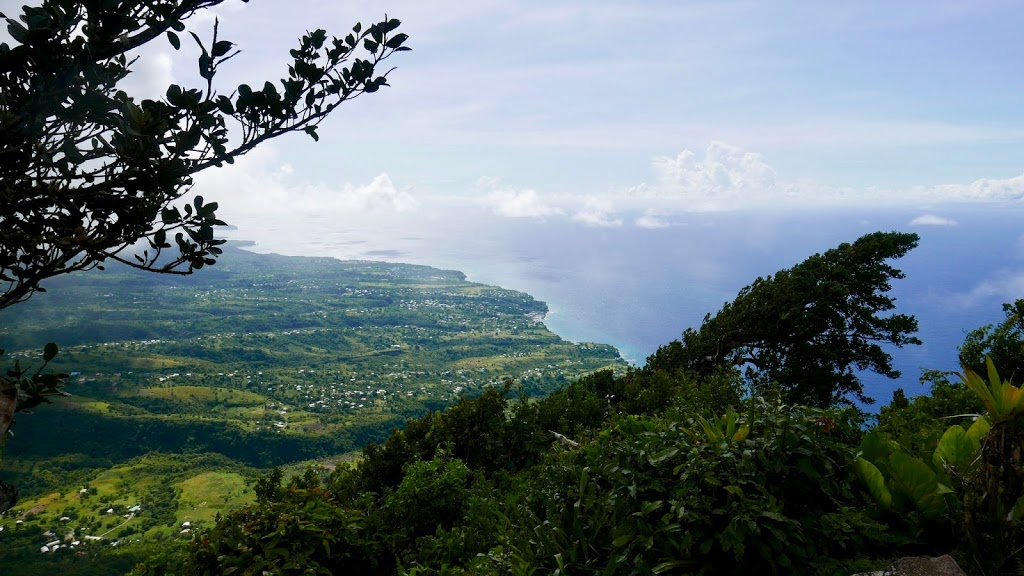 hiking St Lucia's Gros Piton